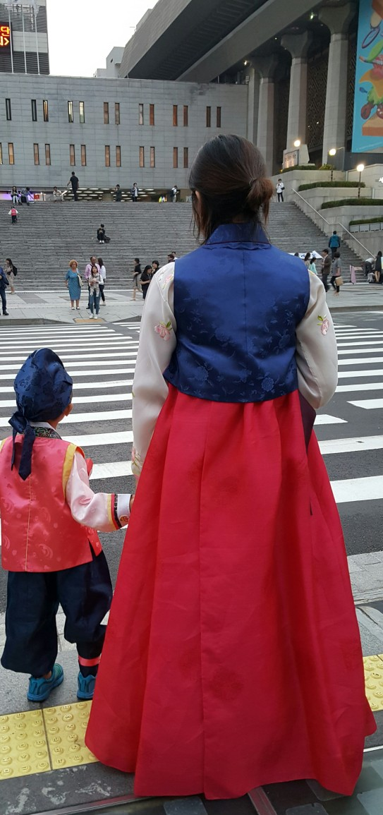 hanbok-mom-child