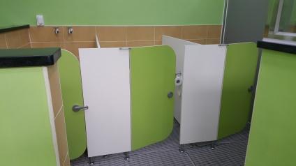 bathroom-stalls