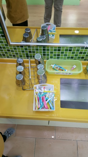 toothbrushes-once-used