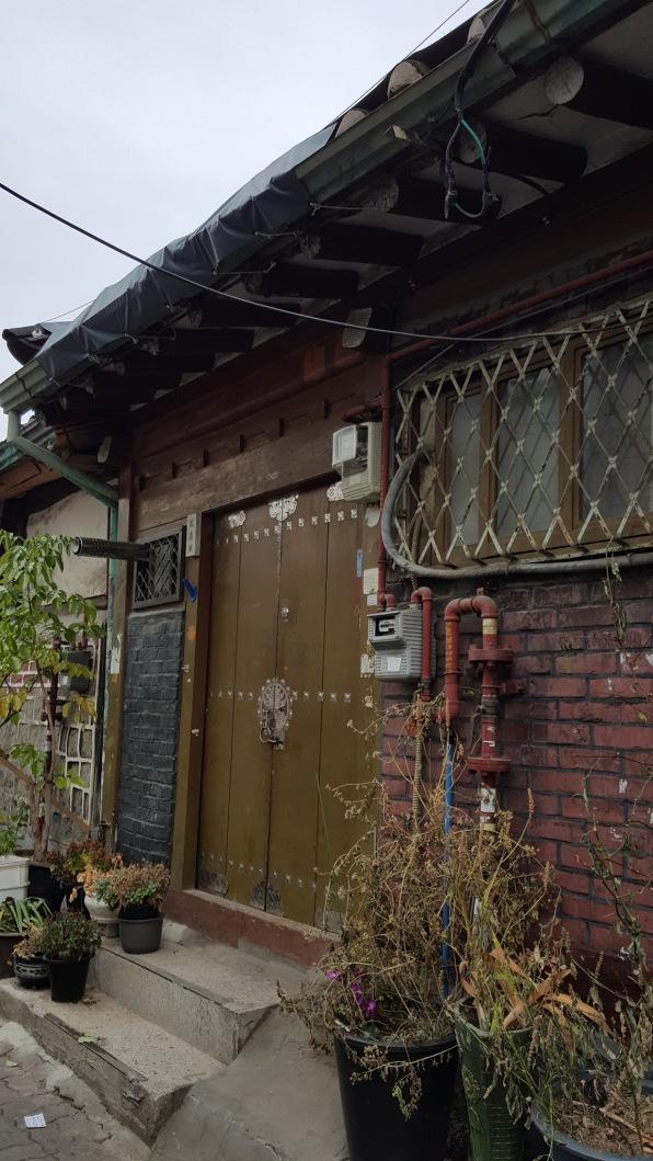 grandmas-door