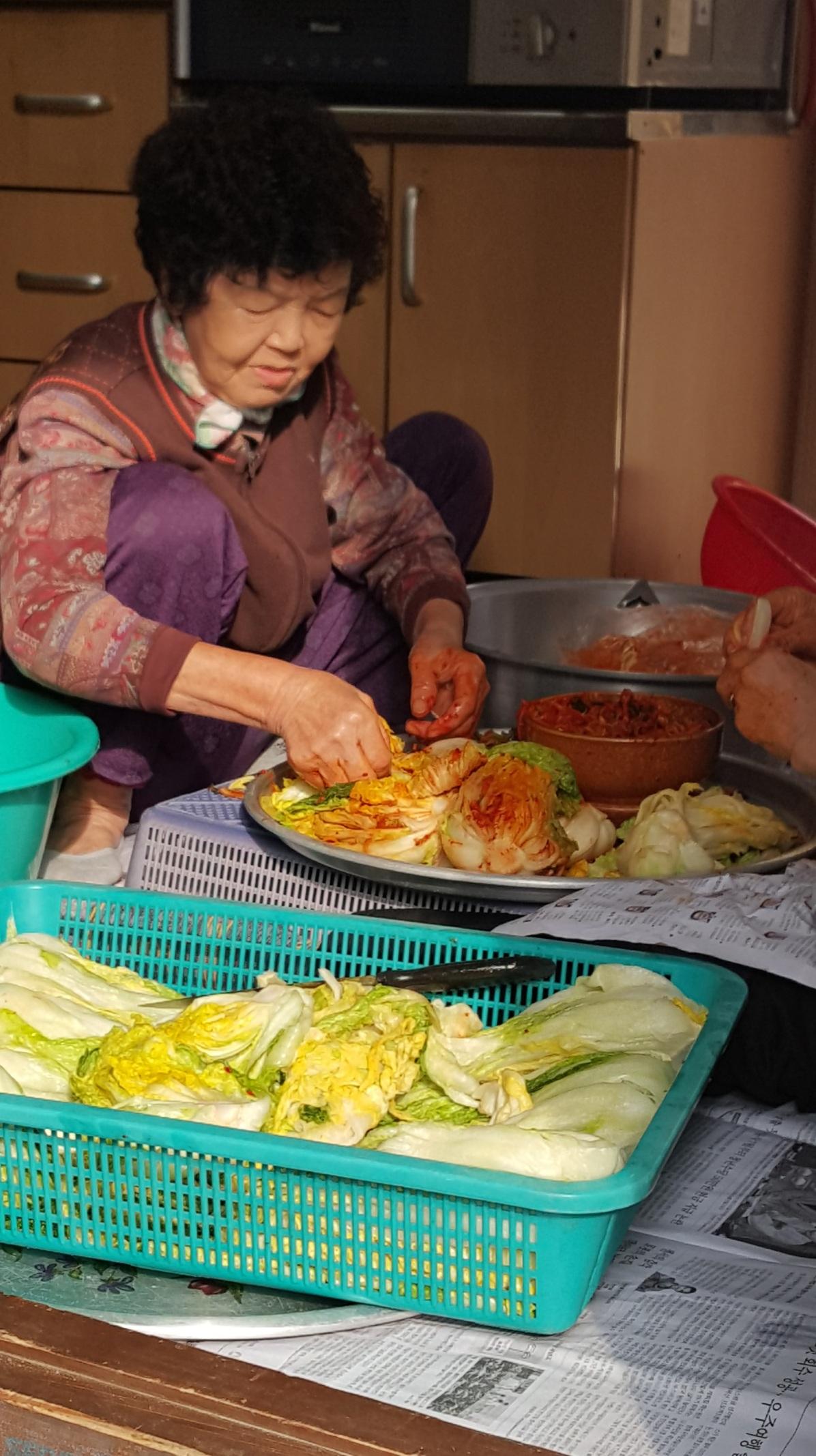 kimchi-lady